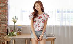 夏はデニムショートパンツで決まり!韓国女子のおしゃれ着こなし術!