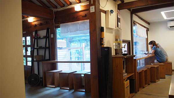 韓国伝統家屋の韓屋を改装したお店がまたオシャレ