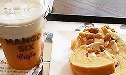 デザートカフェ「MANGO SIX」