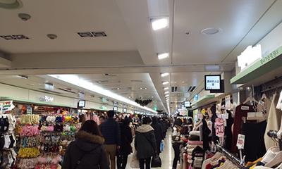 「富平」にある巨大地下商店街でショッピングを満喫