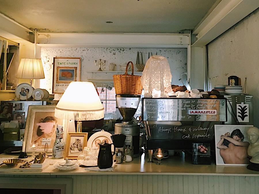 カフェ『Cafe Highwaist』