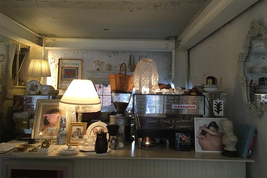 話題の『Cafe Highwaist』