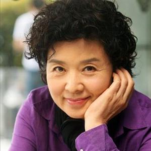 ユン・ミラ