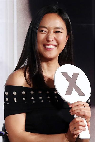 yun-jin-seo-p