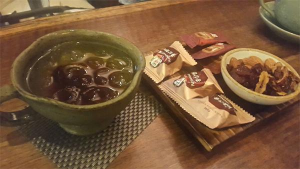 なつめ茶、紅参お菓子と、ナッツ&なつめ