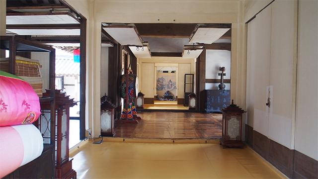 貴族や庶民等の韓国伝統家屋の韓屋
