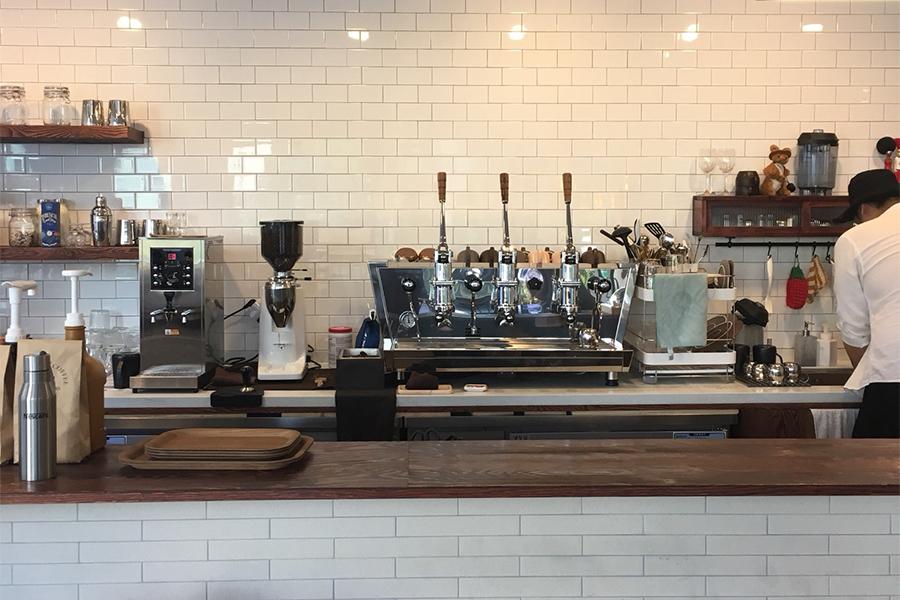 カフェ『LENTO』