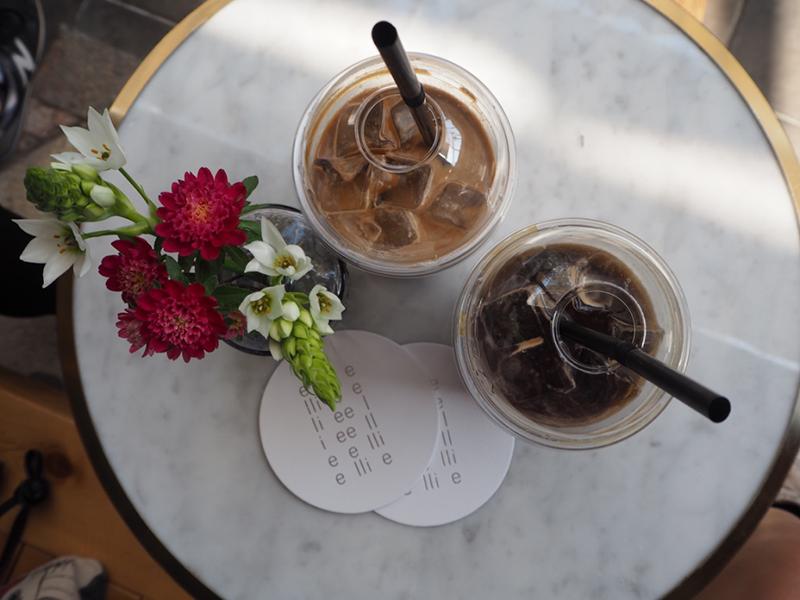 韓屋カフェで頂くコーヒー