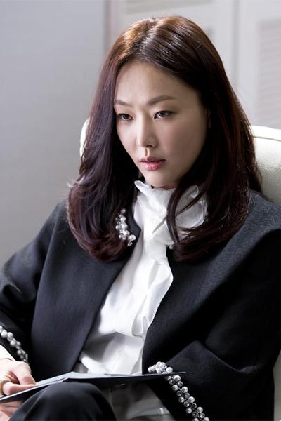 ユン・ジヘ
