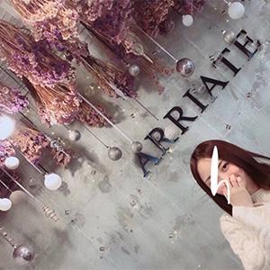 弘大のフラワーカフェ『ARRIATE』
