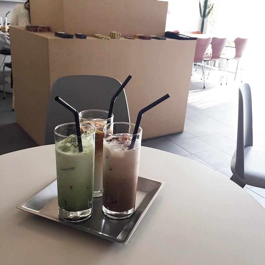 SAME CAFÉ